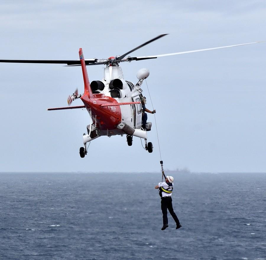 E2S | Formation pilote hélicoptère en Corse : maîtriser son aéronef en restant concentré et vigilant